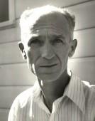 Ernie Pyle: A GI-Wise Gypsy Link: //nmhum.org/pix/portrait_ABQ_web.jpg